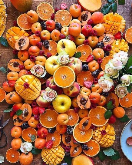 oranges à foison sur table